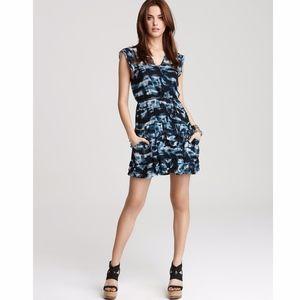 THEORY – Blue Silk Cubist Sleeveless Mini Dress